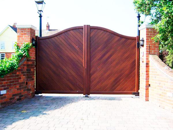 ворота какие стойки взять